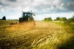 agri-traktor-1.jpg
